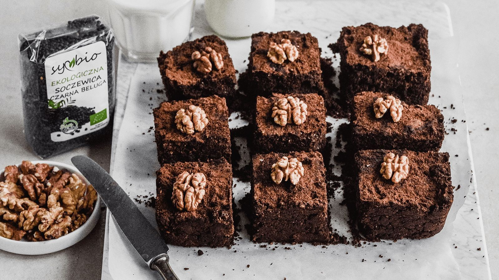Czekoladowe brownie z czarnej soczewicy