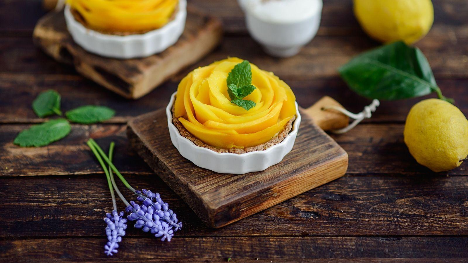 Razowe mini tarty cytrynowe z mango
