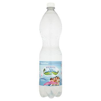 Carrefour Naturalna woda mineralna lekko gazowana 1,5 l